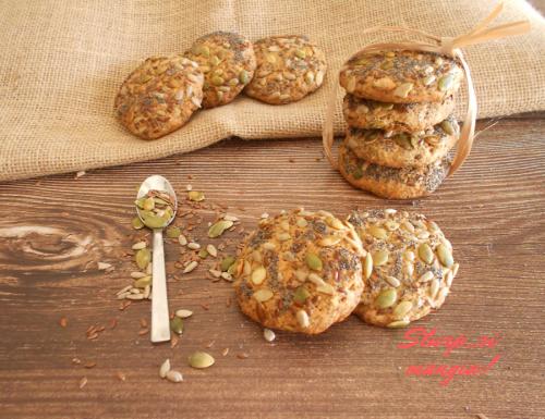 Biscotti con fiocchi d'avena e semi misti