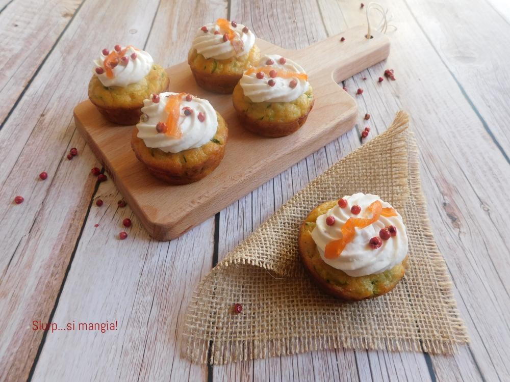 muffin con zucchine ricotta e salmone