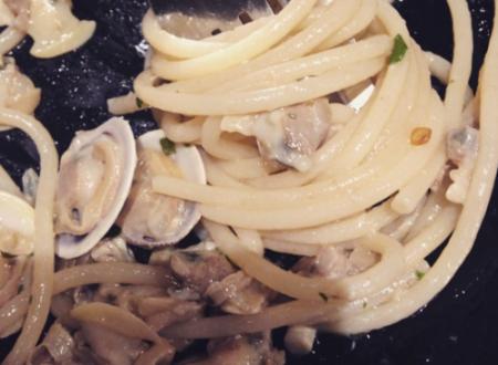 Spaghetti alle vongole con pasta di kamut