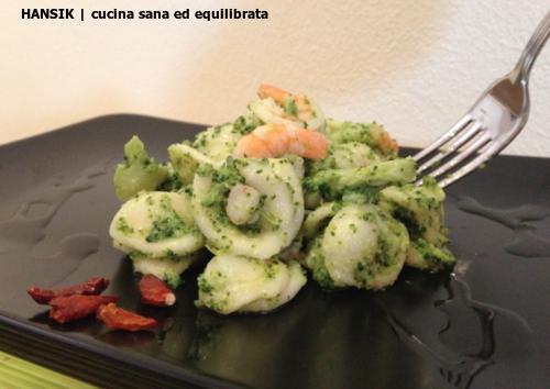 Orecchiette con broccoli e gamberi
