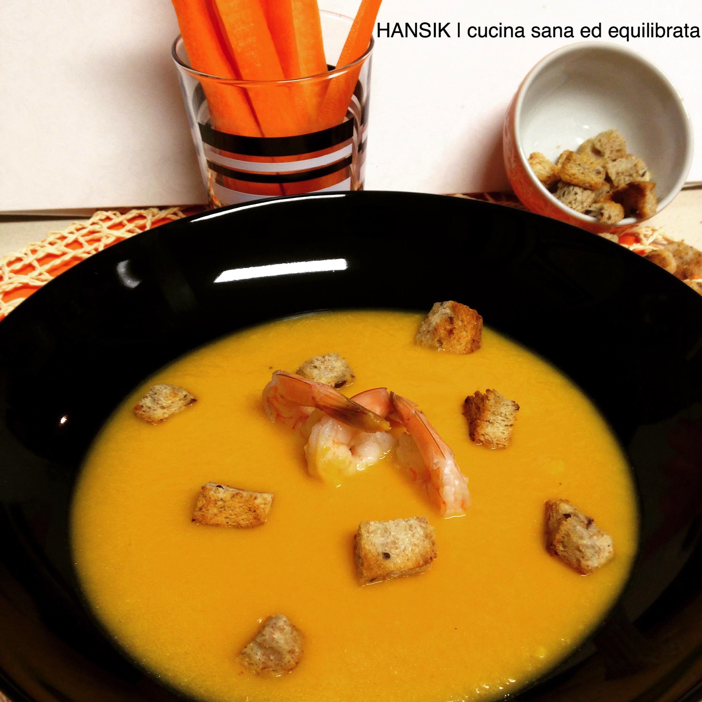 Crema di carote e zenzero con gamberi al vapore