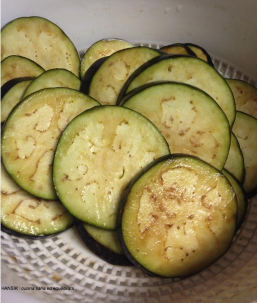 Sformatini di melanzane, patate, pomodori e scamorza