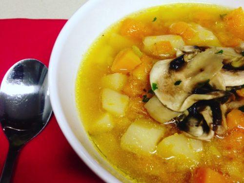 Zuppa di zucca patate e porri