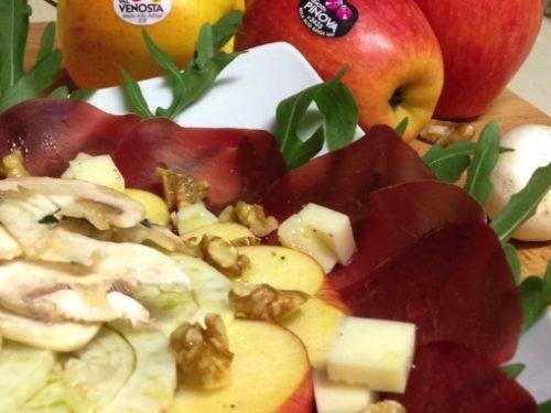Carpaccio di bresaola con mele, formaggio Casera e champignon