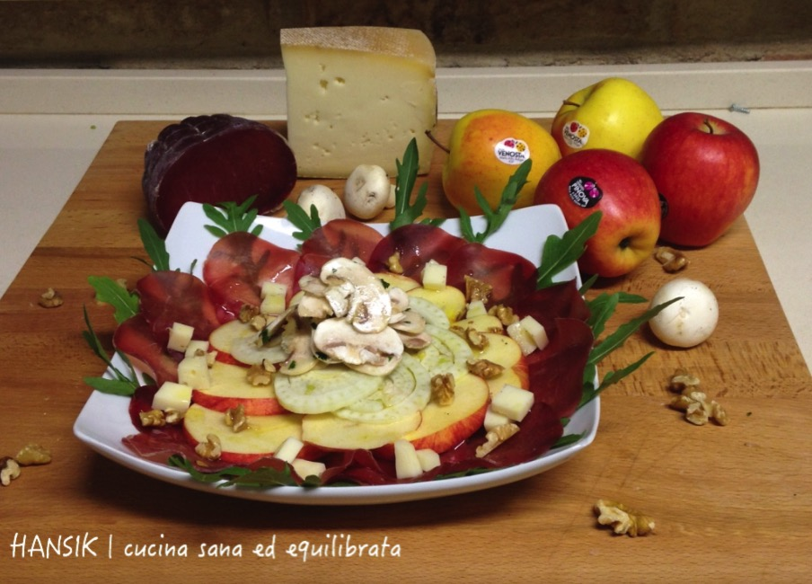 Carpaccio di bresaola con mele, Casera e champignon | HANSIK