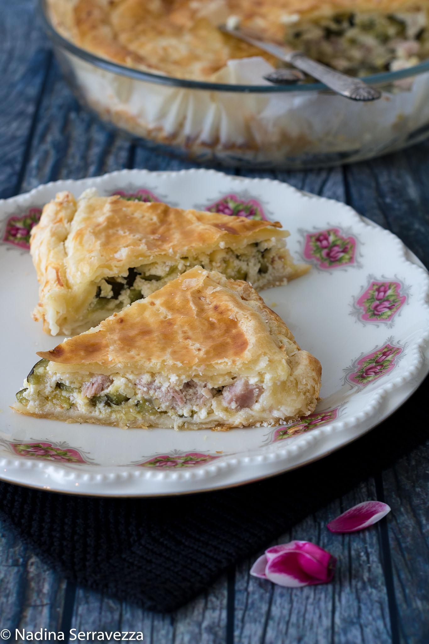 Torta salata con ricotta, zucchine e prosciutto cotto