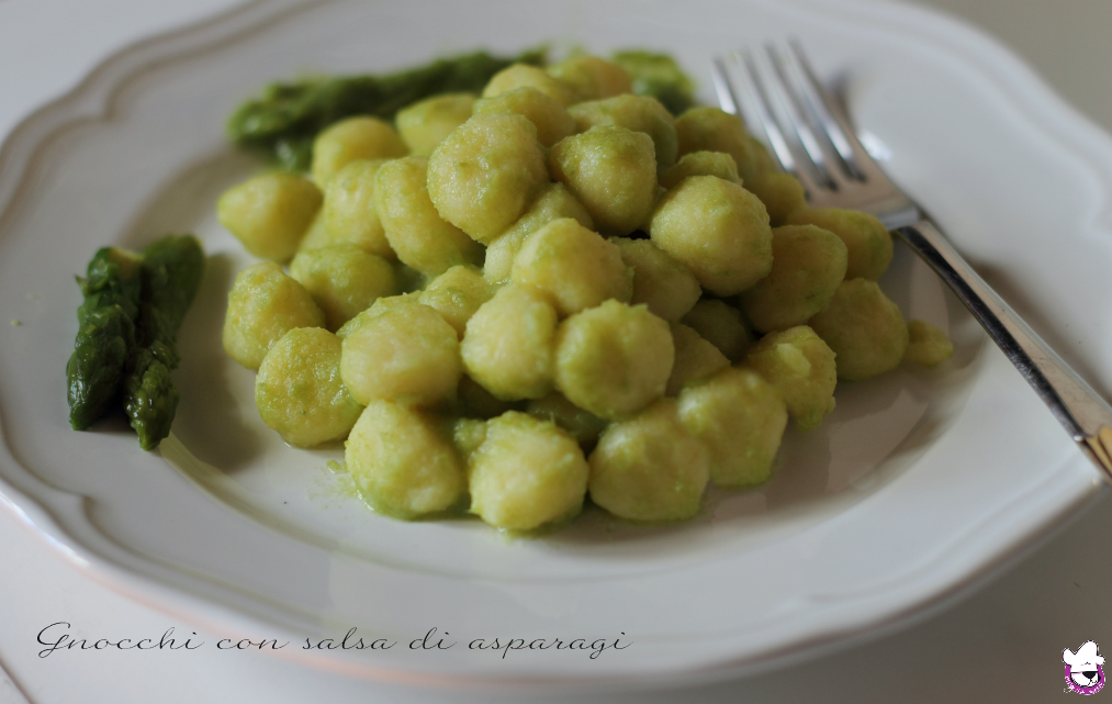 Gnocchi con salsa di asparagi