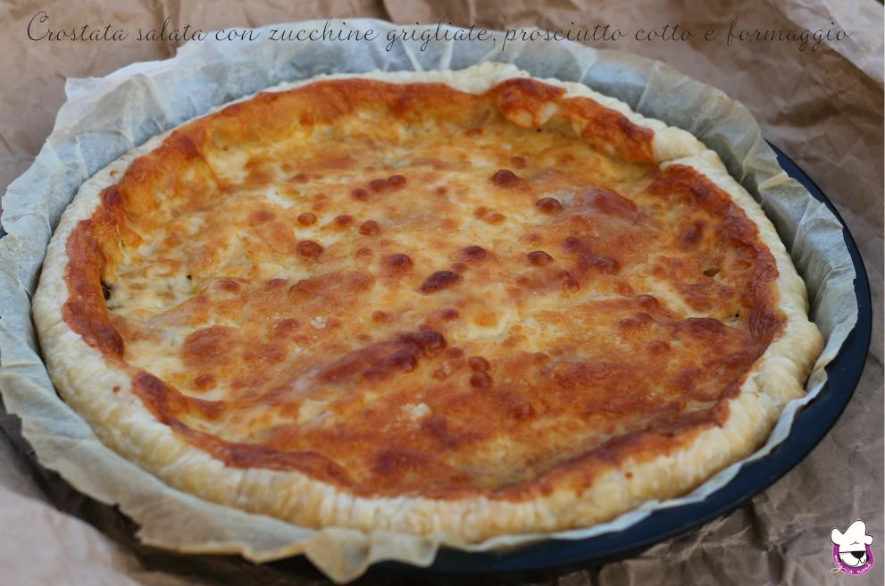 Crostata salata con zucchine grigliate, prosciutto cotto e formaggio 1