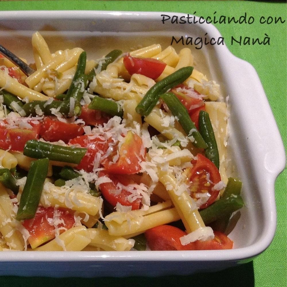 Caserecce con fagiolini e pomodorini