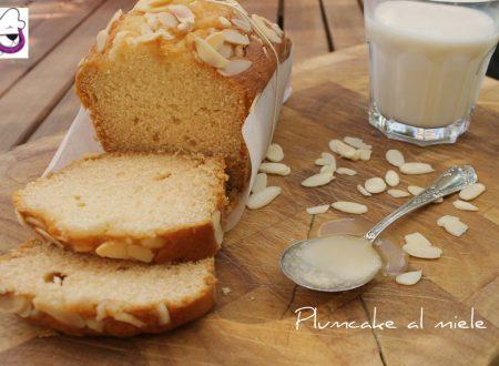 Plumcake al miele ricetta tradizionale e ricetta bimby