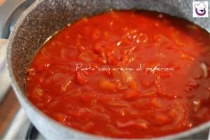 Pasta con crema di peperoni 5