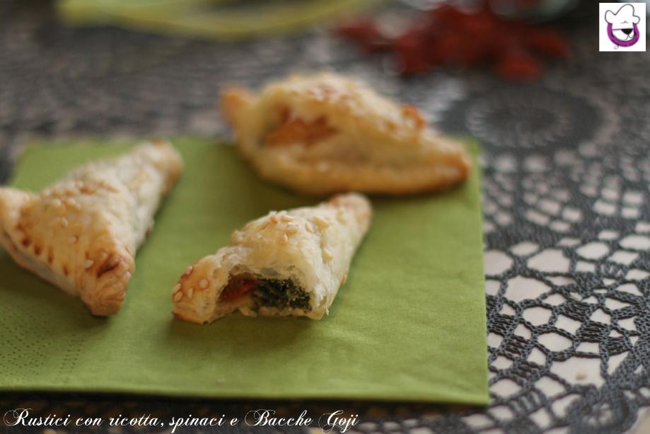 Rustici con ricotta, spinaci e bacche Goji