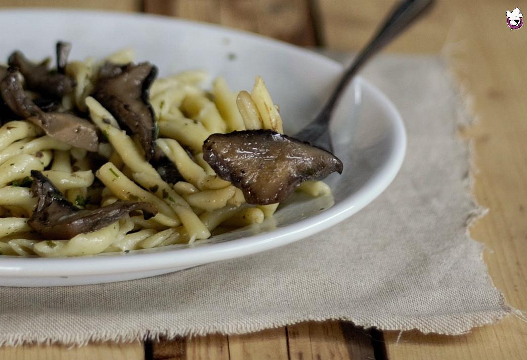 Pasta con funghi cardoncelli