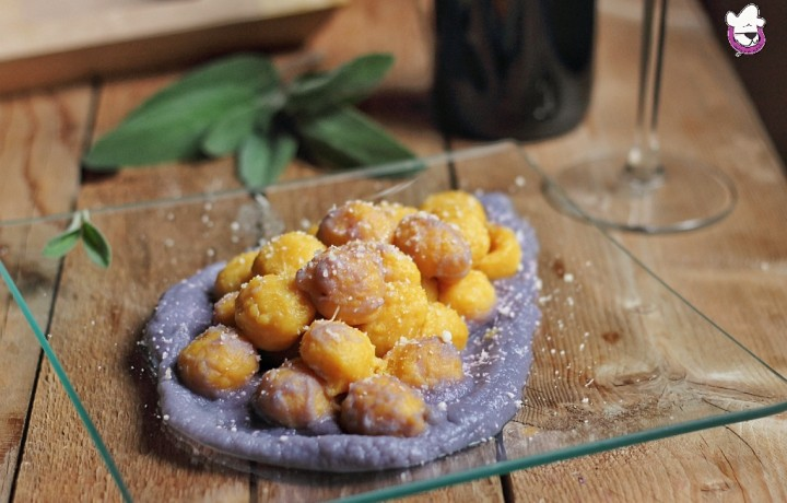 Gnocchi di zucca con crema di cavolfiore viola e pecorino toscano