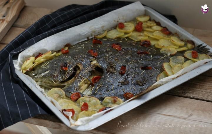 Rombo al forno con le patate e pomorini