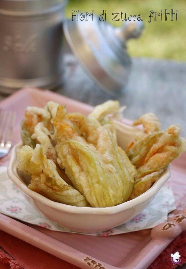 Ricetta fiori di zucca fritti in pastella con acqua for Pastella per fiori di zucca fritti
