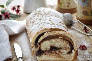 Pan brioche con pasta madre farcito con cioccolata