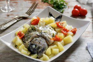 Pesce all'acqua pazza, ricetta gustosa e leggera