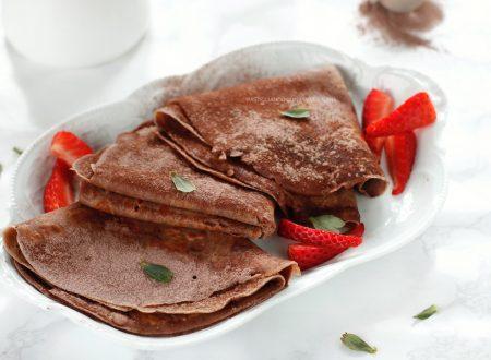Crepes al cacao con yogurt , ricetta con e senza Bimby
