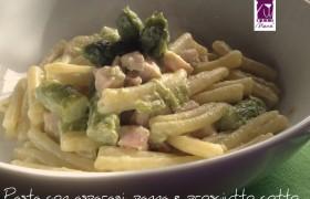 Pasta con asparagi, panna e prosciutto cotto