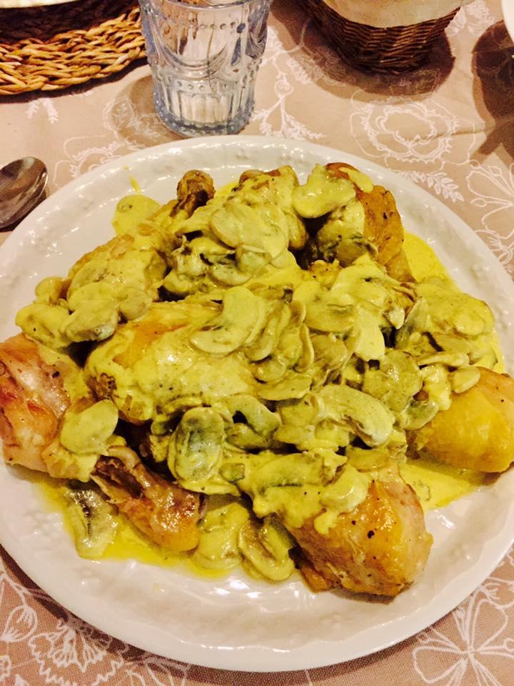 Pollo alla crema di funghi e curry