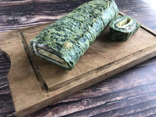 Rotolo di spinaci farcito con pancetta e fontina
