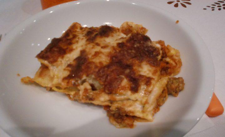 Lasagne con ragù di carne alla bolognese