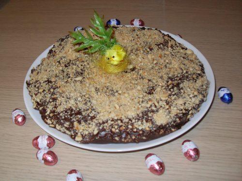 Schiacciata Pasquale con cioccolato e granella di mandorle e nocciole