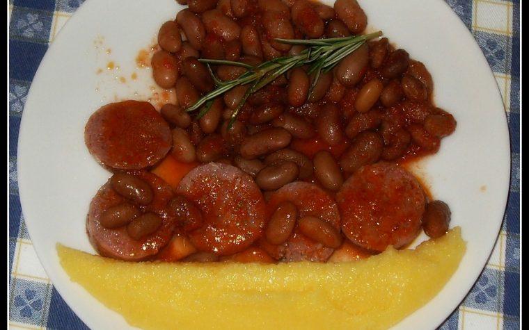 Salamini in potaceto di fagioli con polenta (Piatto Veneto)