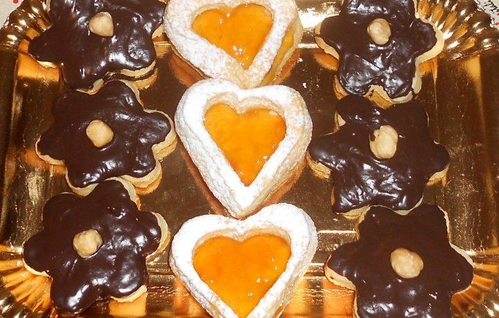 Biscotti di pasta frolla delle feste