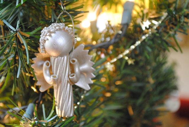 Addobbi natalizi dal web realizzati con la pasta due sorelle in cucina - Addobbi natalizi per cucina ...