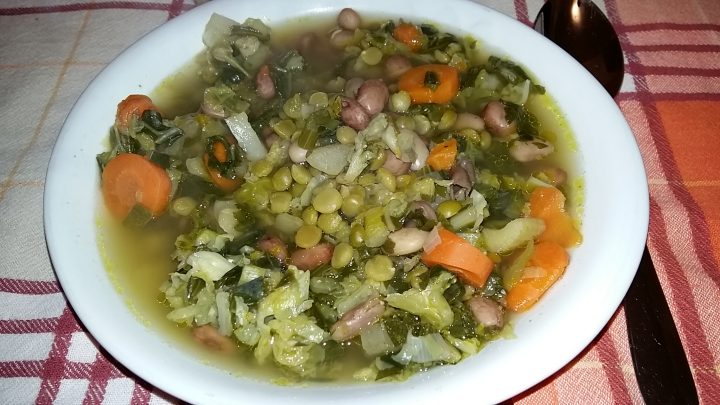 Minestrone con verdure di stagione