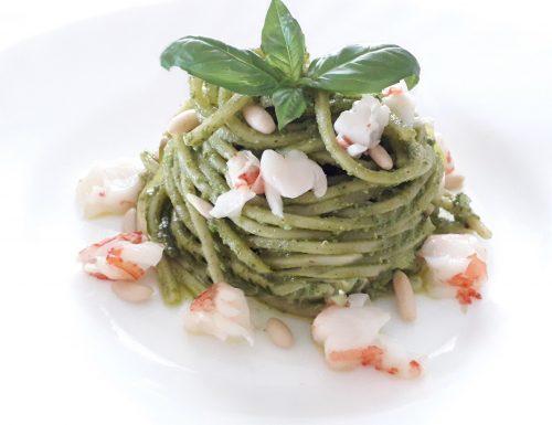 Spaghettoni al Pesto con Gamberoni