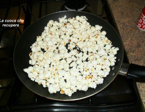 Come preparare i popcorn
