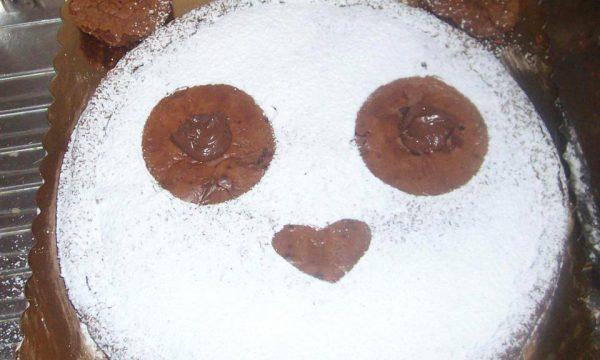 Torta tenerina decorata a panda