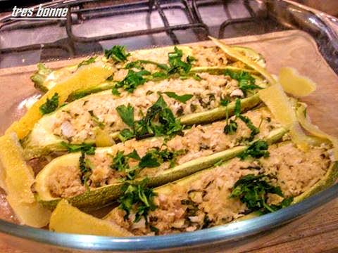 Zucchine ripiene di pollo al limone