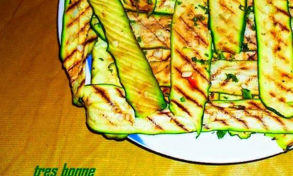 Contorno di zucchine grigliate al limone