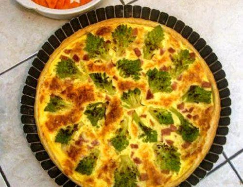 Pizza rustica con broccolo romano