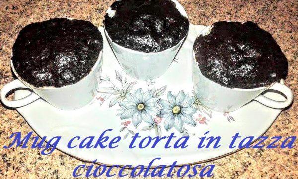 Mug cake torta in tazza al cioccolato