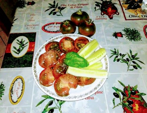 Pomodori scuri kumato