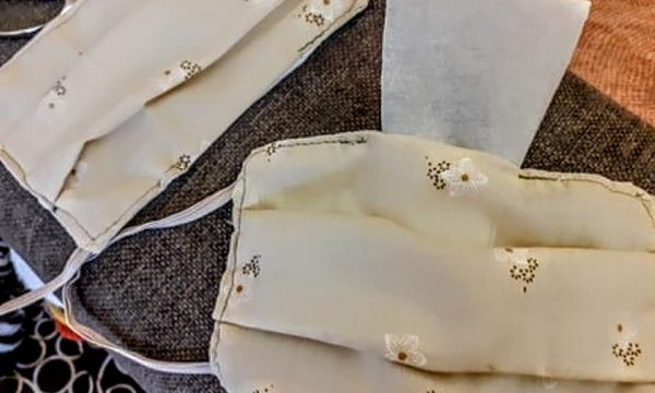 Come fare le mascherine di stoffa protettive con tasca per rinforzo