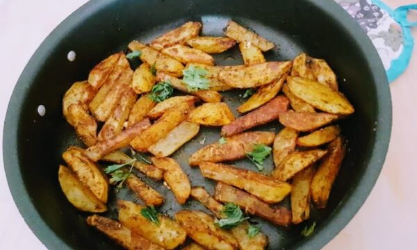 Chips di patate alla paprika dolce croccanti al forno ricetta