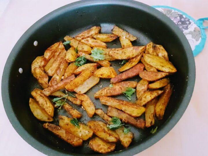 Chips di patate alla paprika croccanti al forno