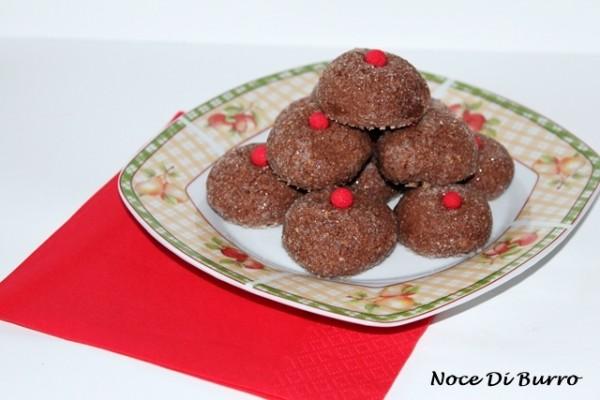 Biscotti cioccolato e mandorle, ricetta Noce Di Burro