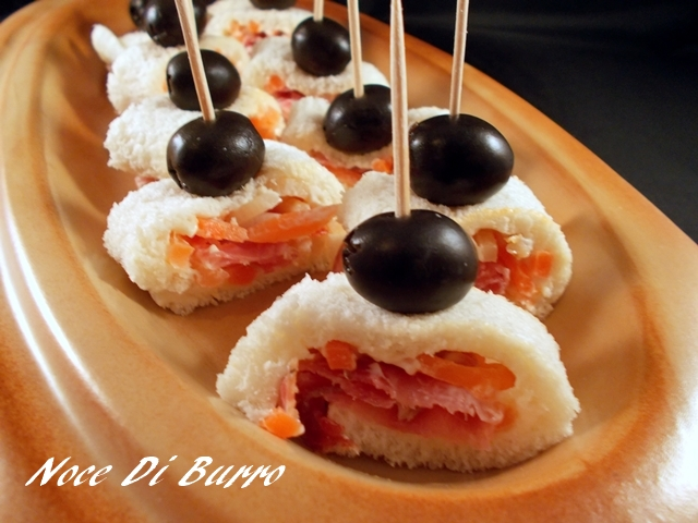 Rotoli di pane, ricetta finger food Noce Di Burro
