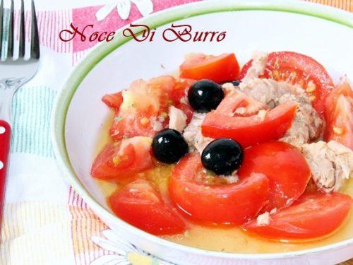 Insalata pomodori e tonno, ricetta estiva Noce Di Burro