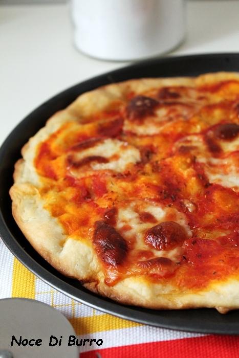 Pizza margherita di kamut con lievito madre