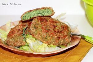 Hamburger di pollo e spinaci