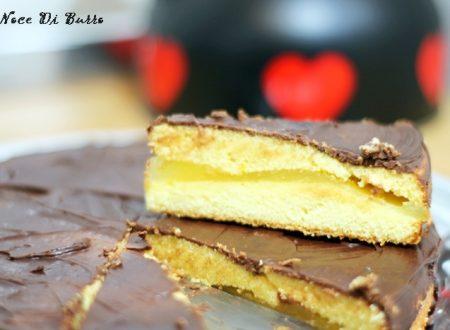 Torta farcita con crema all' arancia e ganache al cioccolato