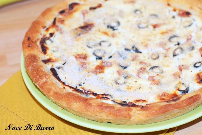 Torta salata con philadelphia e mortadella senza lievitazione
